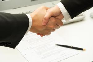 Partenariat banque école pour crédit étudiant