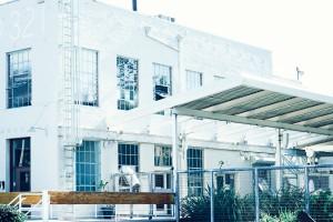 Ce vieil immeuble est un bien immobilier qui représente les opportunités de pret immobilier sans apport ou avec apport, quelque soit l'organisme de crédit choisi.